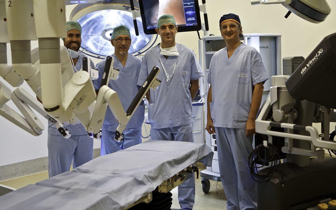 La sanidad privada analiza los beneficios de la cirugía robótica y mínimamente invasiva para los pacientes en la hospitalización y las secuelas a largo plazo