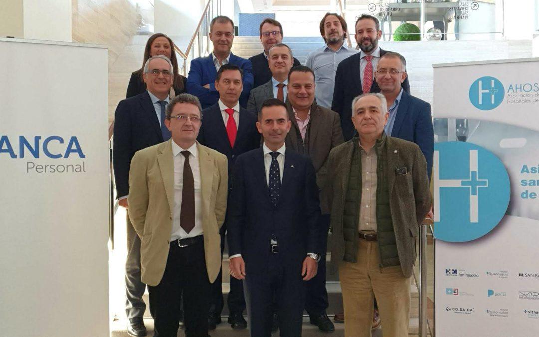 Acuerdo de colaboración entre Ahosgal y ABANCA para promover la asistencia sanitaria de calidad, universal y accesible para todos los usuarios