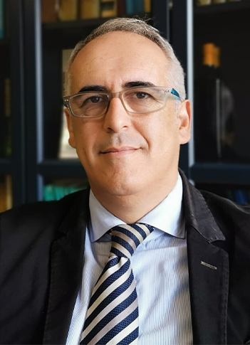 Rafael Serrano, Director Gerente